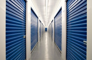 solution self stockage portes battantes